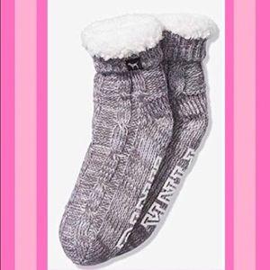 🖤Victoria's Secret Pink Sherpa Bootie